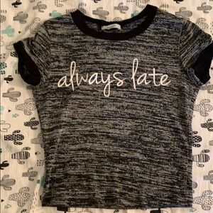 Always late cropped tee
